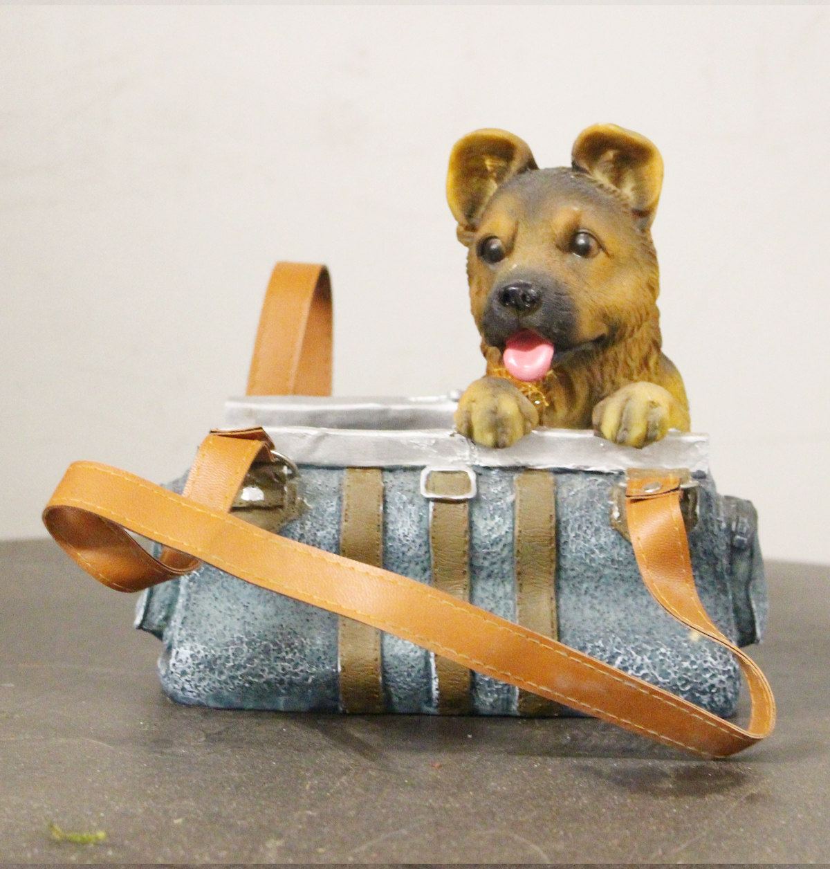 Puppy in handtasche dekor garten for Dekor garten schirrle